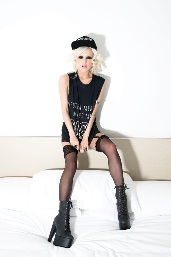 blondedna27